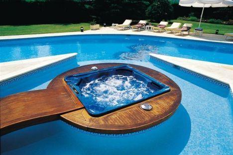 une piscine et jacuzzi. Black Bedroom Furniture Sets. Home Design Ideas